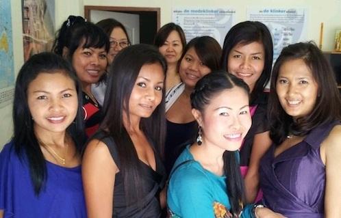 thaise vrouwen leren nederlands